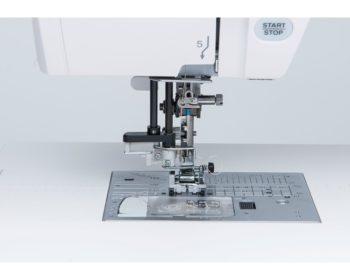 Janome automaticky navlekac-1000x800d